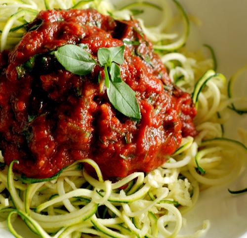 Spaghetti di zucchine alla marinara