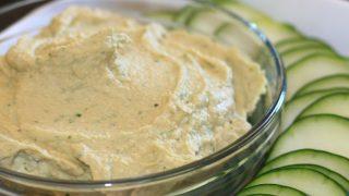 Hummus di zucchine crude