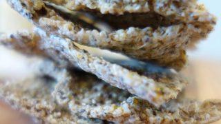 ricetta crackers crudisti con chia e quinoa